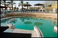 מלון דניאל ים המלח בריכת מים מלוחים